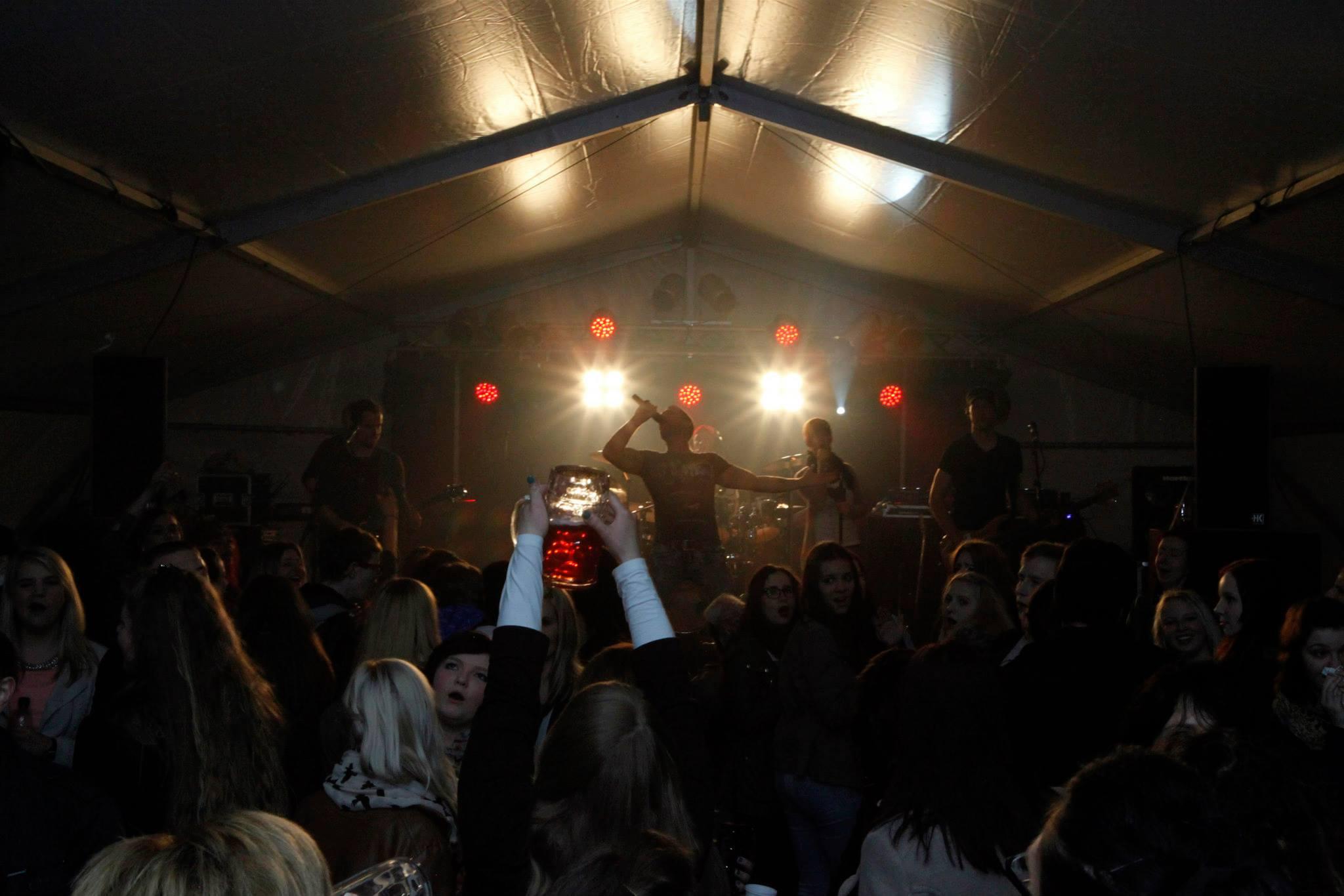 Maifeuer, Kirmes, Party, Rockcoverband, Südthüringen, Thüringen, Ilmenau, Neuhaus, Oberfranken