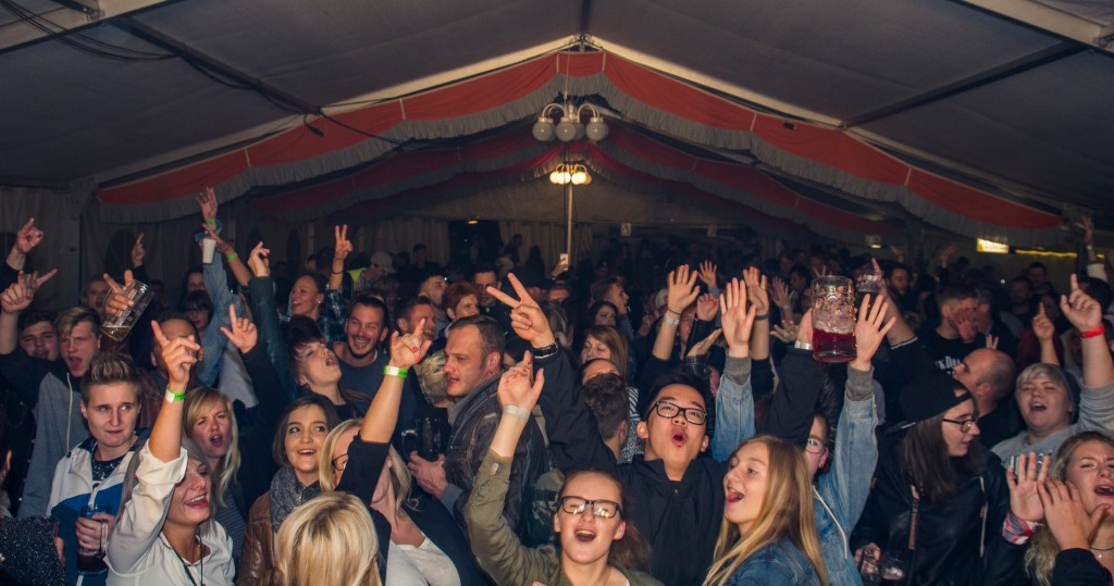 Party auf dem Eventhotel Schloßberg in Sonneberg mit WHY NOT